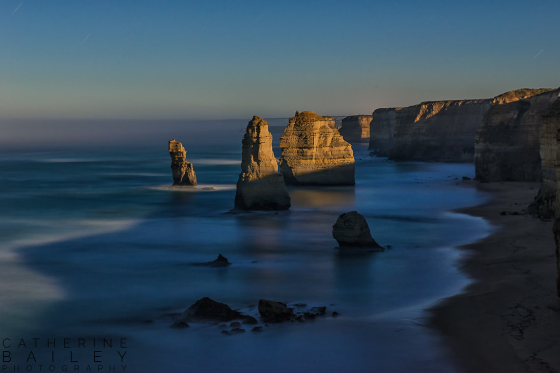Apostles in moonlight, Port Campbell